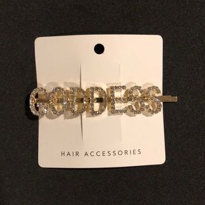 GODDESS Rhinestone Gold Hair Clip 💋